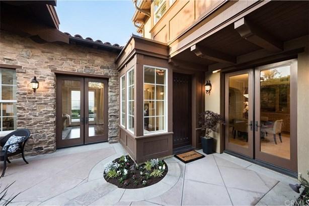 41 Cezanne, Irvine, CA - USA (photo 3)
