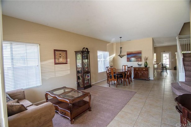22814 Crimson Court, Corona, CA - USA (photo 2)