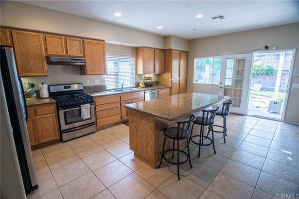 22814 Crimson Court, Corona, CA - USA (photo 5)