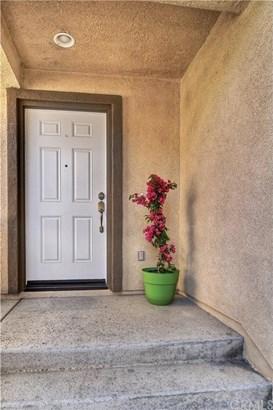 4437 Parkcourt Lane, La Sierra, CA - USA (photo 2)