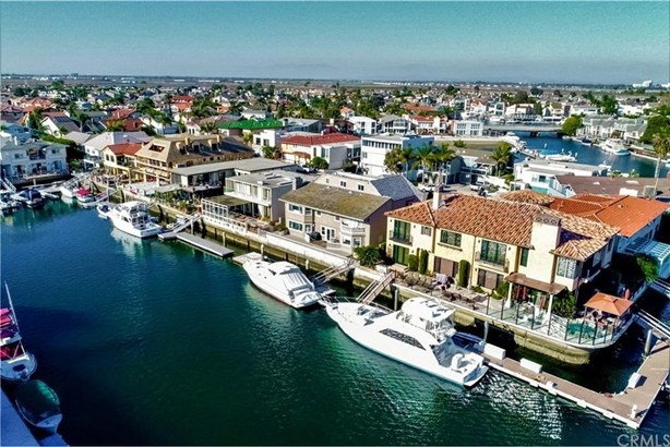 16391 Ardsley Circle, Huntington Beach, CA - USA (photo 3)