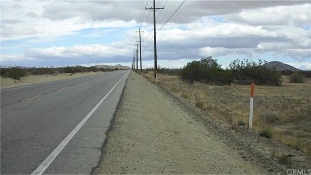 E Palmdale Boulevard Pav /vi, Palmdale, CA - USA (photo 1)