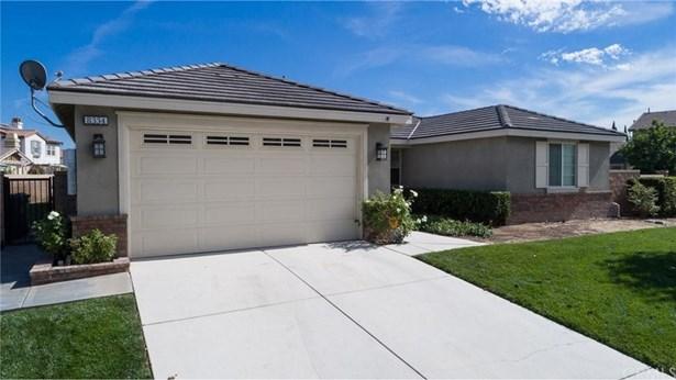 8334 Stonebrook Drive, Corona, CA - USA (photo 1)