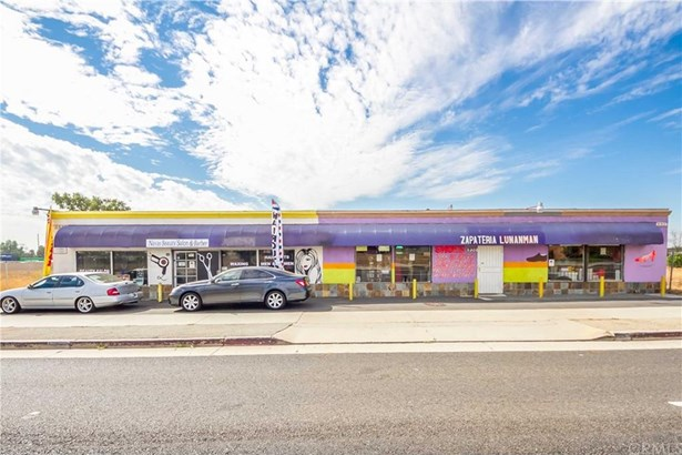 930 E Holt Boulevard, Ontario, CA - USA (photo 1)