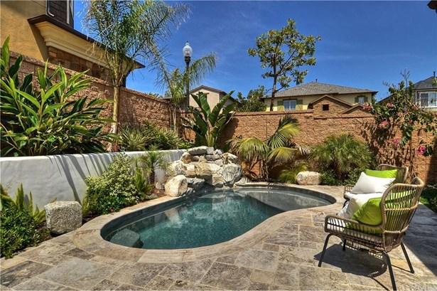 17451 Seabury Lane, Huntington Beach, CA - USA (photo 4)