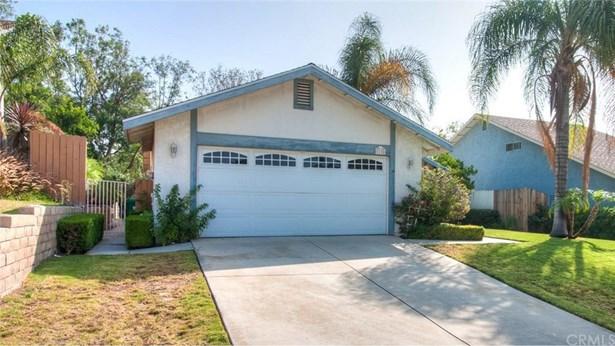 1125 Blossom Hill Drive, Corona, CA - USA (photo 3)
