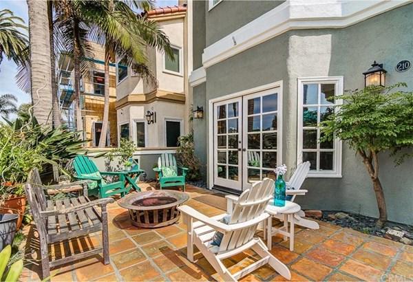 210 8th Street, Huntington Beach, CA - USA (photo 4)