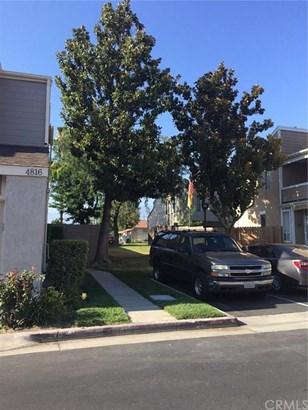 4816 Southfork Road, Chino, CA - USA (photo 2)