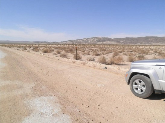0 Coyote Lake Road, Newberry Springs, CA - USA (photo 5)