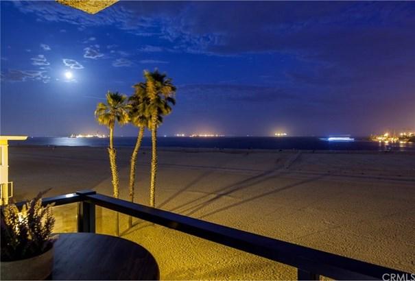 1 3rd Place 302, Long Beach, CA - USA (photo 2)