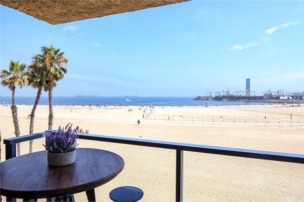 1 3rd Place 302, Long Beach, CA - USA (photo 4)