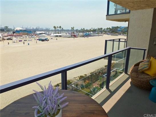 1 3rd Place 302, Long Beach, CA - USA (photo 3)