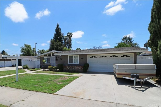 2334 W Palm Avenue, Orange, CA - USA (photo 2)