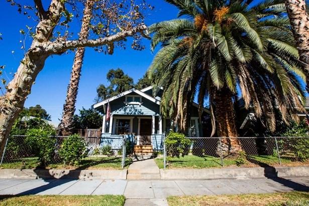 217 W 1st Street, San Dimas, CA - USA (photo 2)