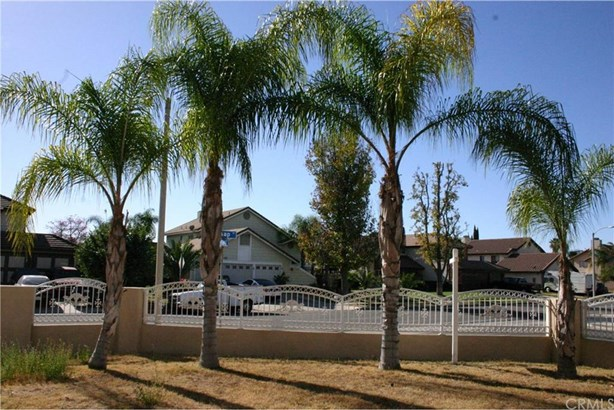 24354 Millsap Drive, Moreno Valley, CA - USA (photo 2)