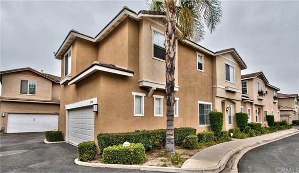 2030 W Blue Violet Court, Anaheim, CA - USA (photo 1)
