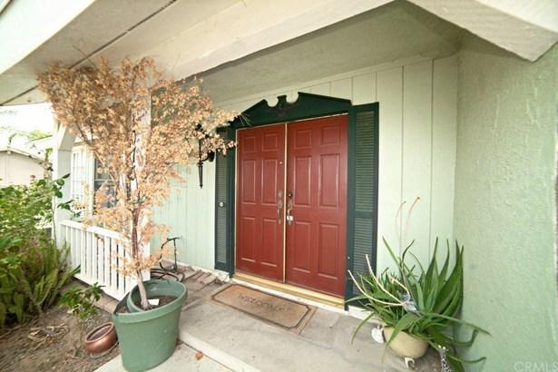 1075 Elmhurst Drive, Corona, CA - USA (photo 2)