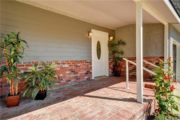3322 Gondar Avenue, Long Beach, CA - USA (photo 2)