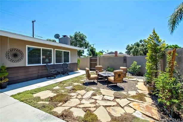2928 Redwood Avenue, Costa Mesa, CA - USA (photo 3)