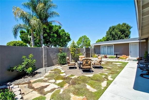 2928 Redwood Avenue, Costa Mesa, CA - USA (photo 5)