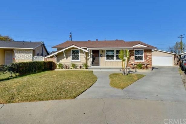 21107 Haston Place, Lakewood, CA - USA (photo 2)