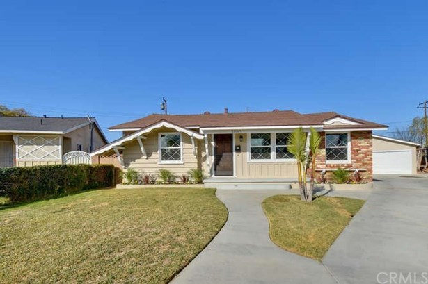 21107 Haston Place, Lakewood, CA - USA (photo 3)