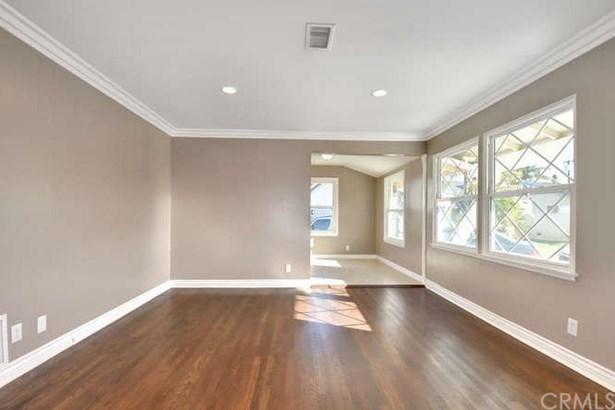 21107 Haston Place, Lakewood, CA - USA (photo 5)