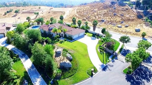 6331 Garden Hills Way, Riverside, CA - USA (photo 3)