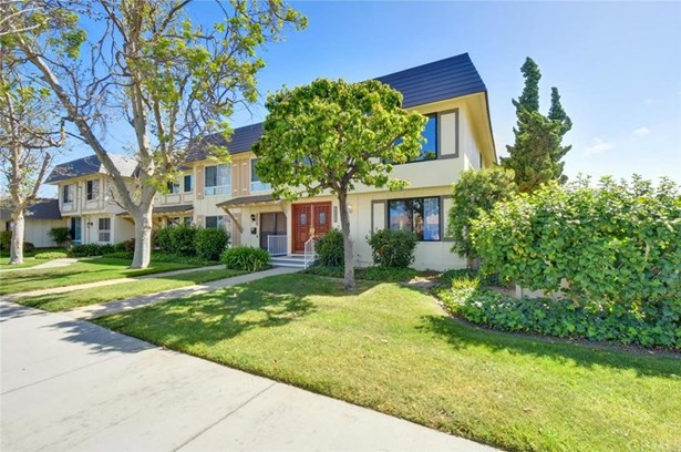 9578 Bloomfield Avenue, Cypress, CA - USA (photo 3)