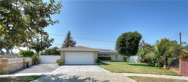 3325 W Hood Avenue, Santa Ana, CA - USA (photo 1)