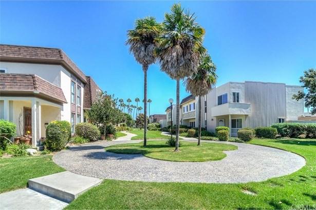 9932 Barranca Circle, Huntington Beach, CA - USA (photo 1)