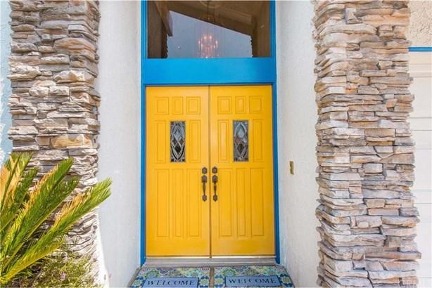 4931 Barkwood Avenue, Irvine, CA - USA (photo 5)