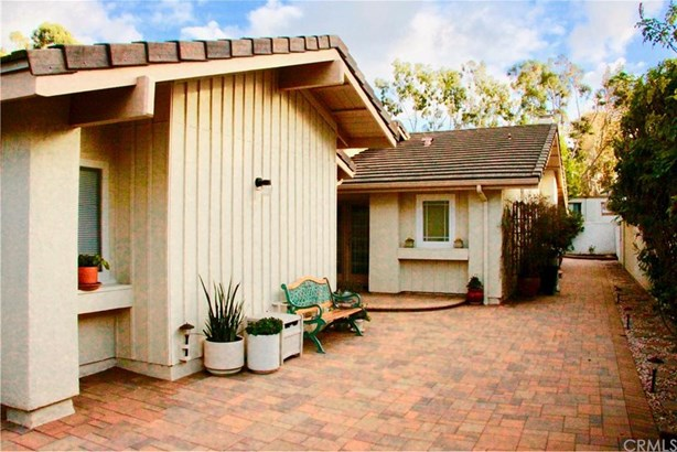 25075 Sunset Place, Laguna Hills, CA - USA (photo 3)