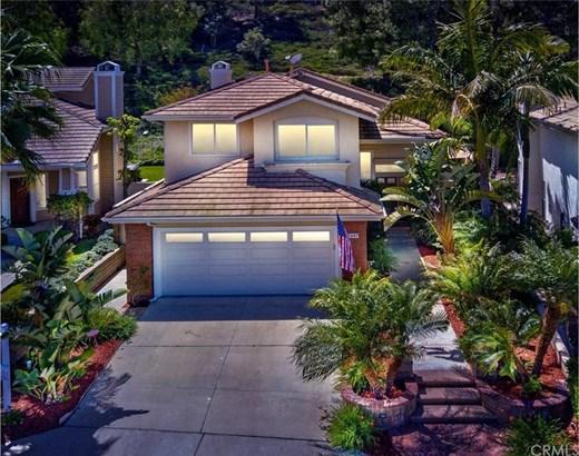 947 S Silver Star Way, Anaheim Hills, CA - USA (photo 1)
