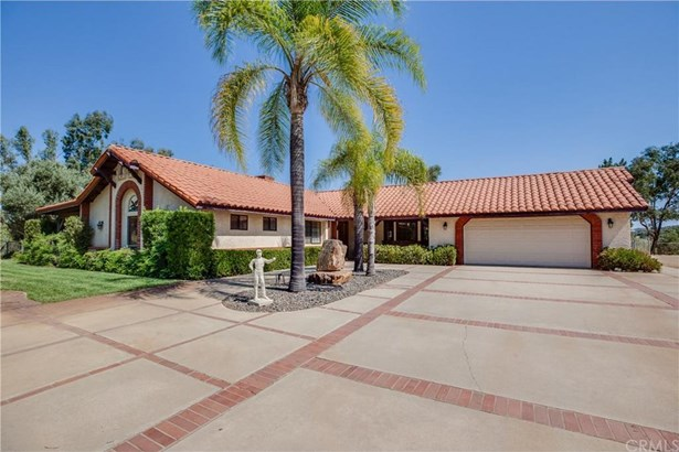 41250 Intrepid Road, Hemet, CA - USA (photo 1)