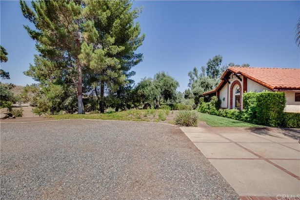 41250 Intrepid Road, Hemet, CA - USA (photo 2)