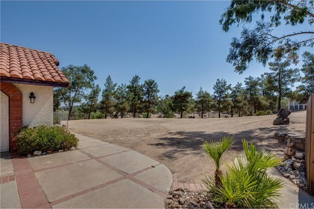 41250 Intrepid Road, Hemet, CA - USA (photo 3)