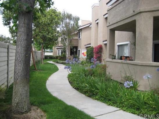 362 Fallingstar 62, Irvine, CA - USA (photo 2)