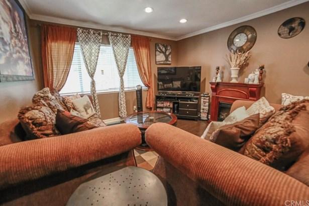 1250 S Brookhurst Street 2027, Anaheim, CA - USA (photo 1)
