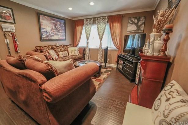 1250 S Brookhurst Street 2027, Anaheim, CA - USA (photo 3)