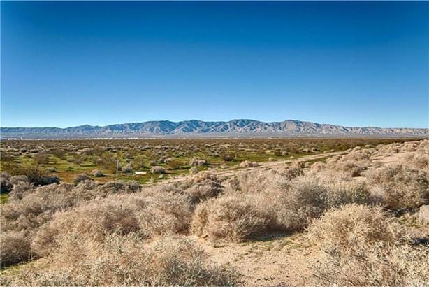 E 10th Street, Mojave, CA - USA (photo 3)