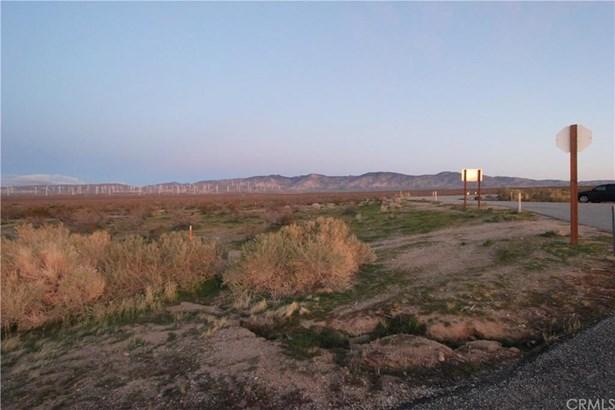 State Hwy 14, Mojave, CA - USA (photo 4)