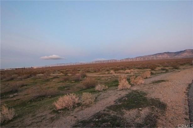 State Hwy 14, Mojave, CA - USA (photo 5)