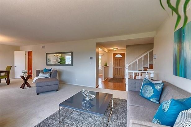 2540 Hartford Avenue, Fullerton, CA - USA (photo 5)