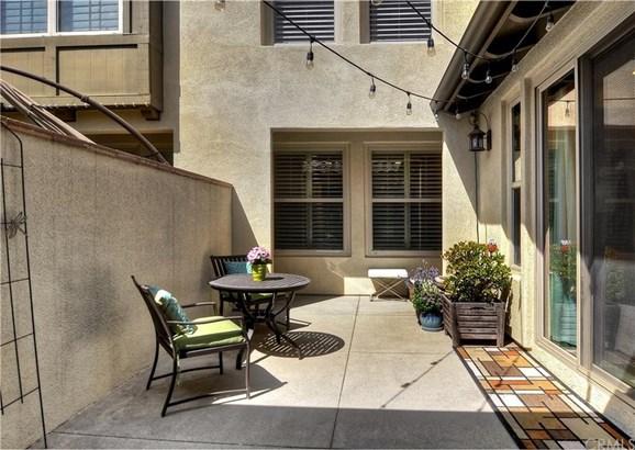 125 Regal, Irvine, CA - USA (photo 3)
