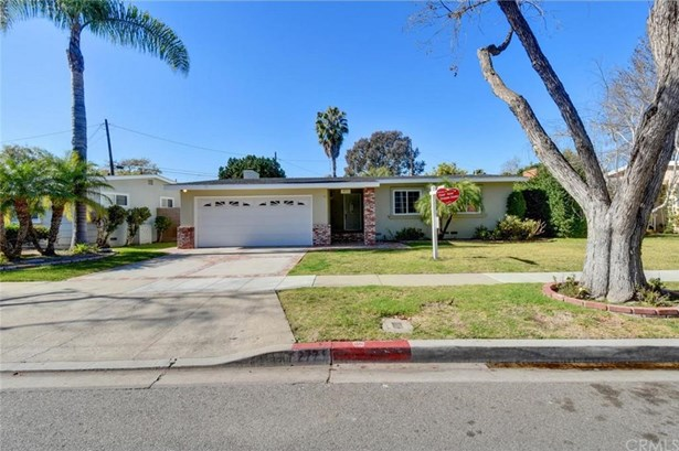 2771 Snowden Avenue, Long Beach, CA - USA (photo 4)