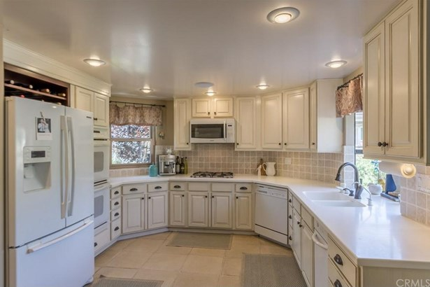 177 W Loop Drive, Camarillo, CA - USA (photo 3)
