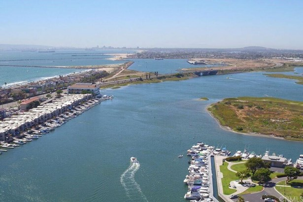 16190 Mariner Drive 18, Huntington Beach, CA - USA (photo 1)