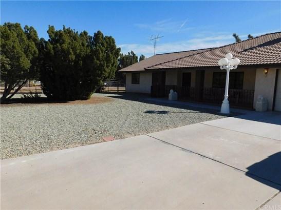 6790 Kenyon Avenue, Hesperia, CA - USA (photo 2)