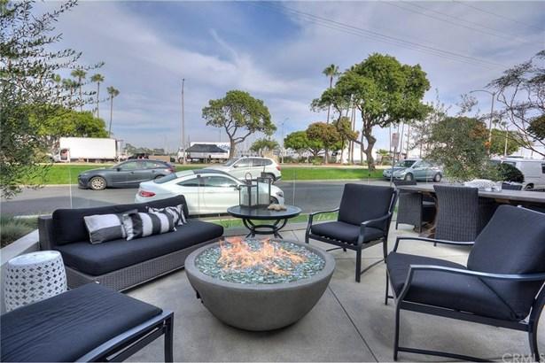 5940 E Appian Way, Long Beach, CA - USA (photo 2)